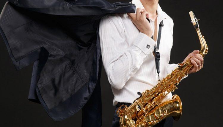 留法薩克斯風音樂家李宗澤曾獲得「法國國立聖摩爾音樂院」、「法國國立皮托音樂院」、「法國國立聖日爾曼昂萊音樂院」及「法國國立塞爾吉-蓬圖瓦茲音樂院」之最高演奏文憑。(杜宜諳攝)