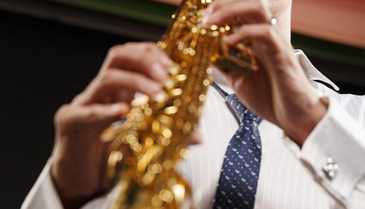 李宗澤和薩克斯風之間似乎是註定的緣分。國小時加入管樂社,原本吹的是豎笛,但因為其中有一個小朋友轉學了,被換到薩克斯風,竟然就一路走到現在。(杜宜諳攝)