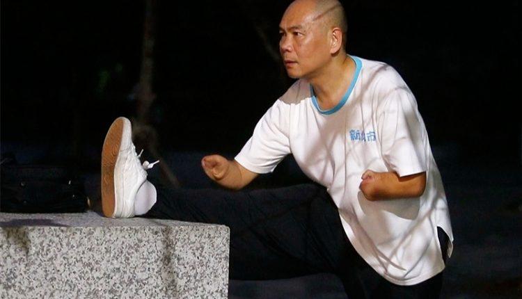 蔡濱鴻平時勤練太極拳,每天都自我要求,從不間斷,也代表新北市中和區參加太極拳比賽,獲得不少好的成績。(陳信翰攝)